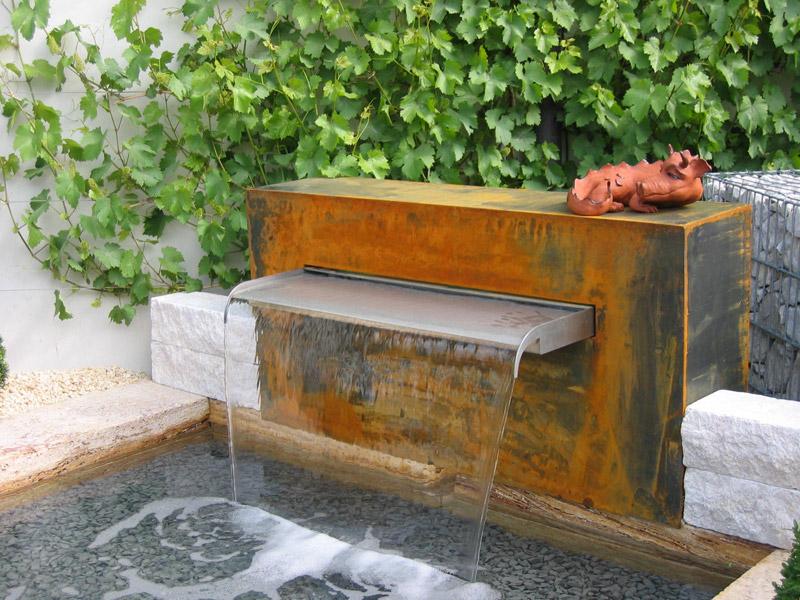 09044320180210 gartenbrunnen metall rost inspiration for Gartengestaltung metall rost